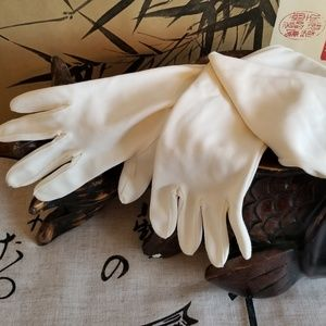 Vintage Long Off-White Gloves XS